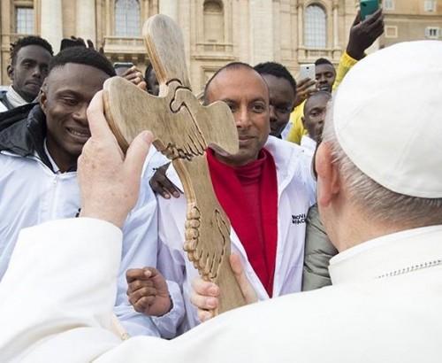 Papa e migrantes